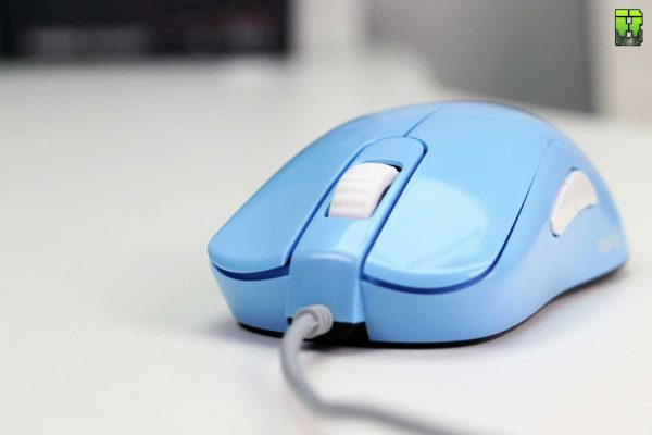 Zowie S2 Divina Review Esports Gaming Mouse Review